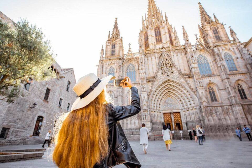 4 Ways To Get Paid And Enjoy Summer In Spain