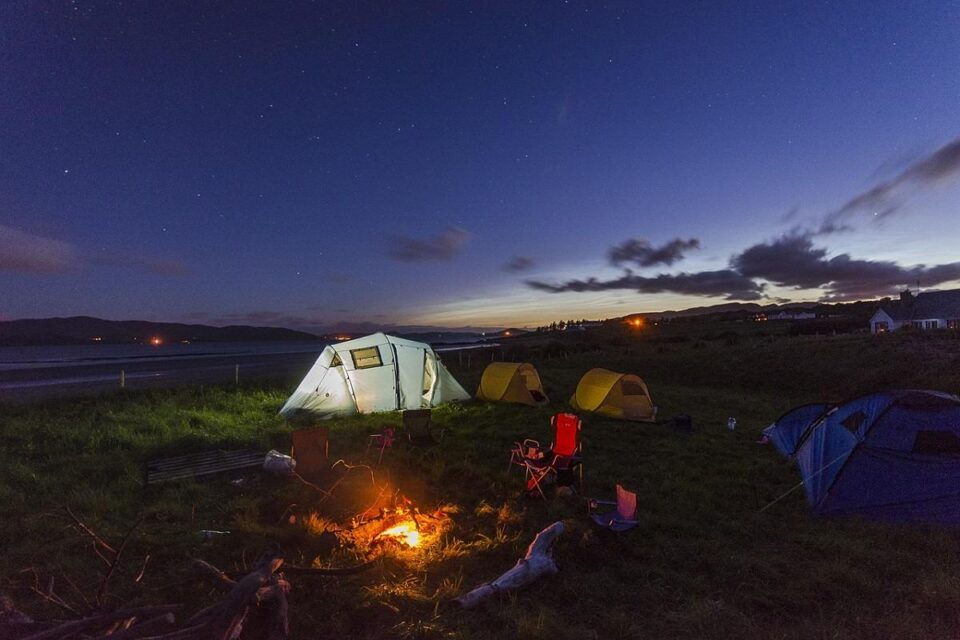 10 Most Important Essentials To Bring To A Campsite