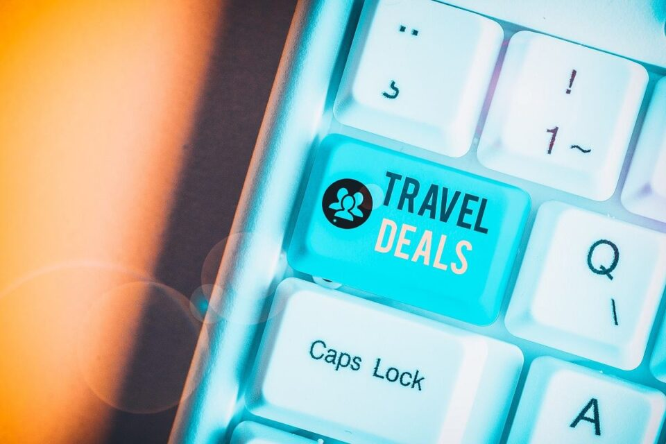 4 Tips For Finding The Best Travel Deals