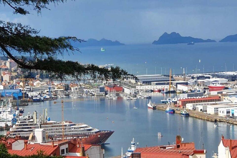 Discover Vigo and enjoy its amazing beach