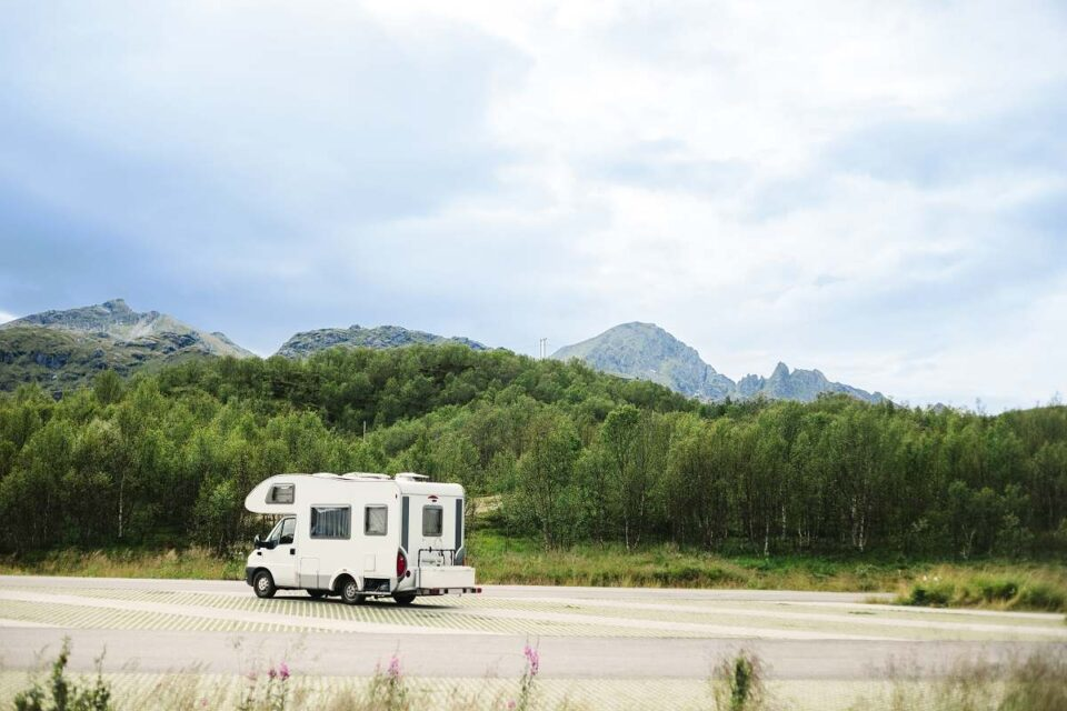 Choosing Caravan Air Conditioners For Your Next Summer Trip